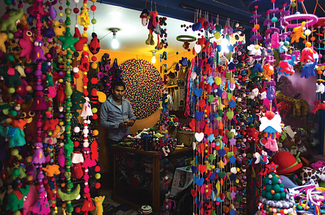 Colors Colors Everywhere Craft Reviews Ecsnepal The Nepali Way