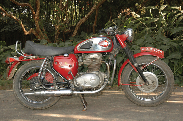 Hidden Treasures: Classic & Other Old Bikes | Features